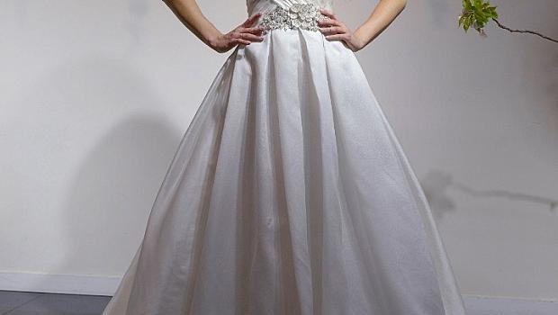 Булчински рокли с разточителна красота